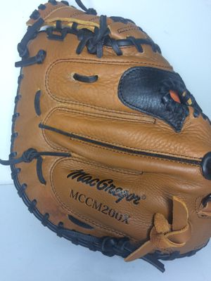 "Baseball softball Macgregor 33.5"" glove MCCM200X for Sale in Sunrise, FL"