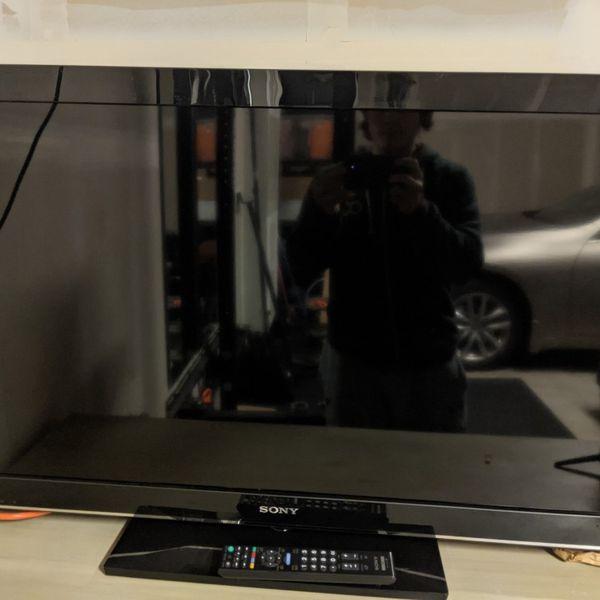 "Sony Bravia KDL-40BX450 40"" 1080p HD LCD"