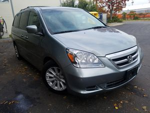 2005 honda oddisseytouring TITULO LIMPIO for Sale in Hyattsville, MD