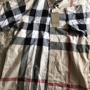 Burberry Shirt Large for Sale in Philadelphia, PA