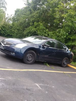 Nissan Altima 2007 for parts for Sale in Parkville, MD