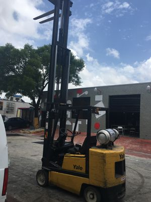 Yale Forklift for Sale in Miami, FL