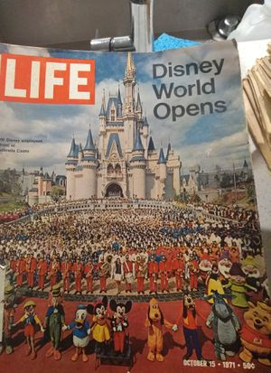 Guys, an extraordinarily rare Life Magazine of the Official Worldwide known Disney World ®️ (Not a $1/ Available for all offer(s)) for Sale in Orlando, FL