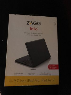 """Zagg Folio Case with Keyboard for 9.7"""" iPad for Sale in Kent, WA"""