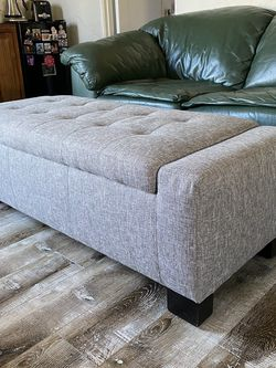 Cushion Bench With Storage for Sale in Los Angeles,  CA
