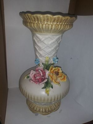 10 .5. X. 6.5 porcelain Italian made vases with flowers decor for Sale in Woodbury, NJ
