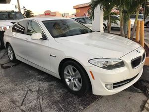 2013 BMW 5 serie 528 I for Sale in Hialeah, FL