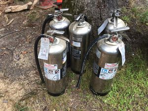 Fire extinguisher, water pressurized, fully charged, recharging port, 2 1/2 gallon for Sale in Glastonbury, CT