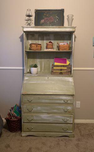 Hutch/ secretary desk for Sale in Fresno, CA