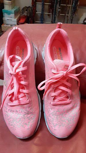 Skechers lighter-weight 8.5 shoes for Sale in Overland Park, KS