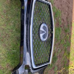 2019 Infiniti Qx50 Front Bumper for Sale in Oregon City,  OR