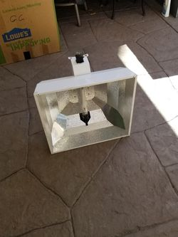 Grow Light Sun System With Lamp 600watt for Sale in Los Angeles,  CA
