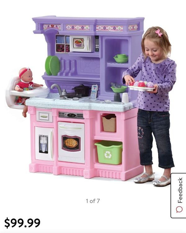 Kitchen play (no utensils)