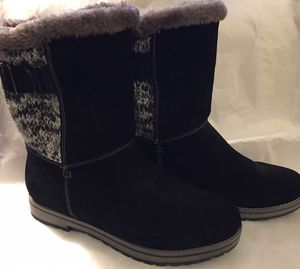 9 1/2 M White Mountain Polar Air Snow Boot Black Suede for Sale in Edgewood, WA