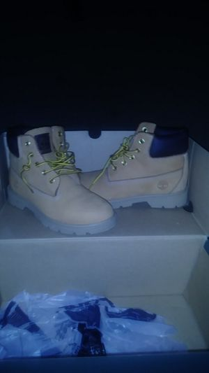 Timberland boots for boys, size 2.5 for Sale in Brooksville, FL