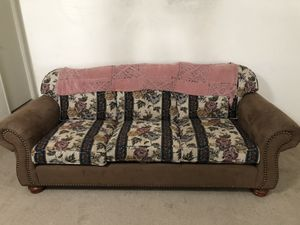 Couch set good condition (pick up only) obo for Sale in Tulare, CA