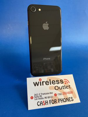 • iPhone 8 64GB Unlocked • Financing Available • for Sale in Las Vegas, NV