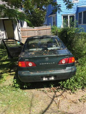 Toyota corolla for Sale in Lakewood, OH