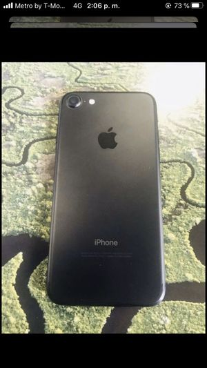 iPhone 7 att and cricket negociable for Sale in Austin, TX