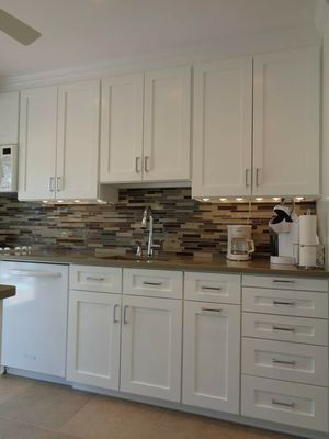 Kitchen Cabinets, Custom for Sale in Diamond Bar, CA