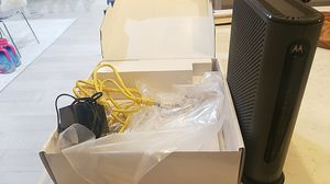 Motorola Cable Modem + Router N300 for Sale in Chicago, IL