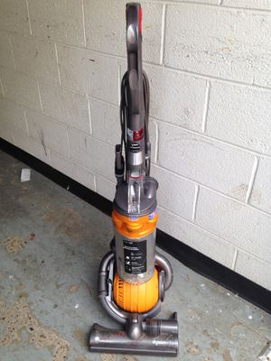 Dyson Vacuum - DC25 Ball for Sale in Washington, DC