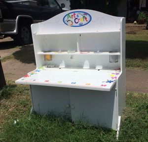 Kids activity desk for Sale in Austin, TX