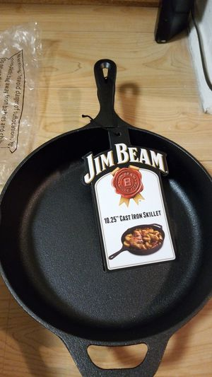 "Jim Beam.10.25"" cast Iron skillet for Sale in Egg Harbor Township, NJ"