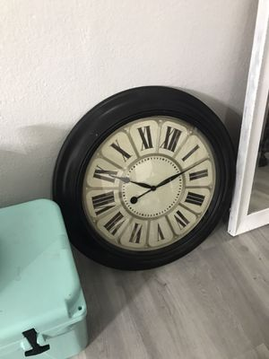 Wall clock for Sale in Irving, TX
