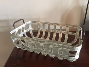 Metal baskets and trays $10.00 each for Sale in Sunrise, FL