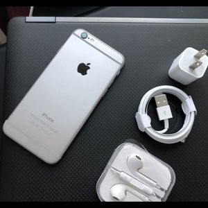 iPhone 6, 16GB - just like new, factory unlocked, clean IMEI, clear iCloud for Sale in Springfield, VA