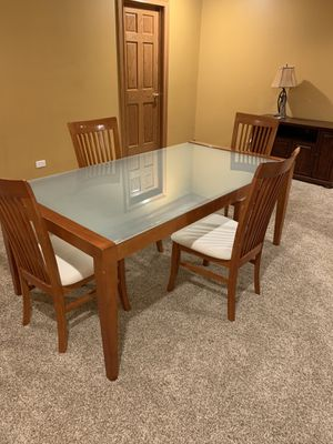 Small dining table and chairs. Wood can be touched up with stain for Sale in Barrington, IL