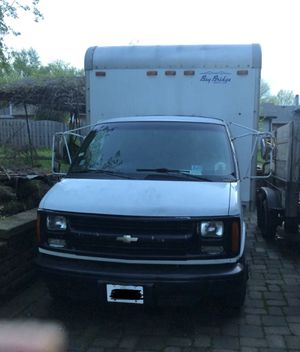 Chevrolet Box Truck for Sale in Palos Hills, IL