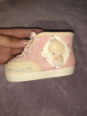 1999 Precious Moments Piggy Bank Shoe for Sale in Oceanside, CA