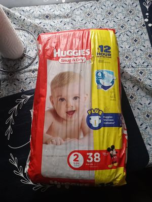 Free Huggies pamper for Sale in Cleveland, OH