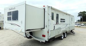 Camper 2OO7 Trailer for Sale in St. Louis, MO