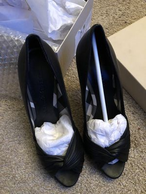 Burberry heels size 9.5 for Sale in New Lenox, IL