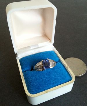 Beautiful Tanzanite and Diamond 10kt White Gold Ring for Sale in St. Petersburg, FL