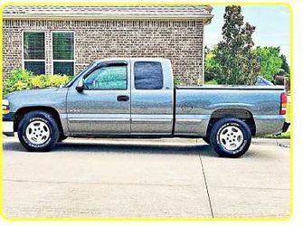 Priceֆ12OO 4WD CHEVY SILVERADO 4WD for Sale in Oceanport,  NJ