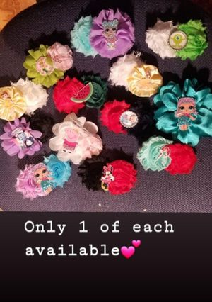 Flower hair bows characters peppa lol minnie vampirina for Sale in South Gate, CA