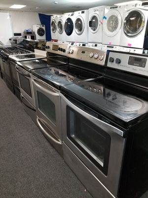 Electric stoves in exellent condition for Sale in McDonogh, MD