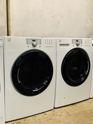 KENMORE FRONT LOAD WASHER AND ELECTRIC DRYER for Sale in Irving, TX