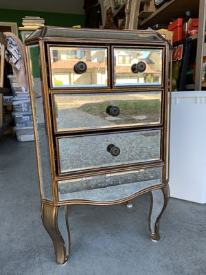Mirrored night stand for Sale in San Jose, CA