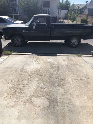1990 Dodge Ram 250 P/K for Sale in Lancaster, CA