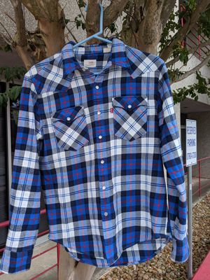 Medium. Incredible. Levi's plaid long sleeve shirt. Pearl like buttons. Super dope and comfortable shirt. for Sale in San Antonio, TX