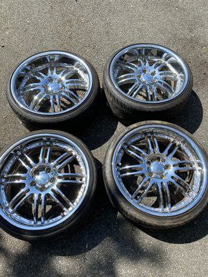"""DONZ 20"""" Chrome Rims & Tires for Sale in Bayonne, NJ"""
