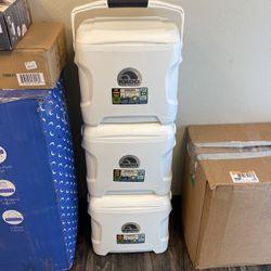 Igloo Coolers New 30Qt for Sale in Phoenix,  AZ