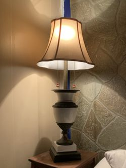 Large Antique Victorian Table Lamp 1900s for Sale in McKeesport,  PA