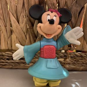 "WALT DISNEY MINIATURE MINNIE MOUSE PLAY FIGURE 3.5"" FIGURINE for Sale in Spartanburg, SC"