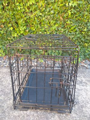 Small Dog / Cat crate for Sale in Federal Way, WA